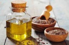 Як вилікувати запори у дорослих і дітей з допомогою лляної олії