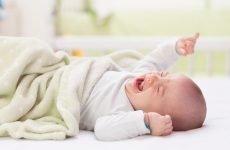 Різновиди сумішей для новонародженого при запорах і їх вибір