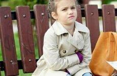 Болить живіт дитини у 4 роки: причини болю, перша допомога