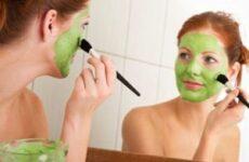 Маски від прищів в домашніх умовах. Ефективні домашні маски для обличчя від вугрів і чорних крапок