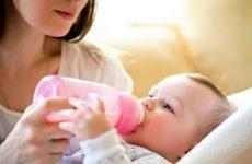 Змішане вигодовування і можливі причини запорів у немовлят