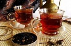 Способи вживання міцного чаю від проносу і види напоїв