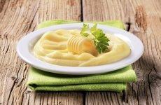 Страви і пюре з картоплі при гастриті — користь, показання, заходи