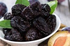Самі смачні й корисні рецепти з чорносливом при гастриті