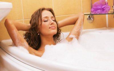 Чи можна приймати гарячу ванну при циститі