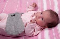 Правила вибору грілки при кольках для лікування новонароджених дітей