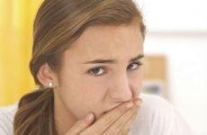 Різка нудота, причини раптових нападів блювоти у дорослих