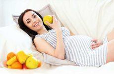 Яблука при вагітності: користь і шкода для організму жінки
