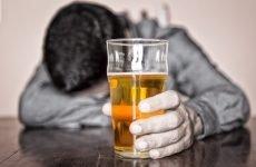 Псоріаз і алкоголь: які наслідки згубної пристрасті до спиртому