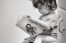 Чорний пронос у дитини: причини, симптоми, лікування рідкого стільця у дітей з чорними ниточками