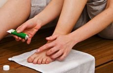Мазі від грибка нігтів на ногах: недорогі та ефективні засоби лікування