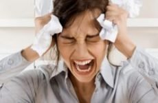 Псоріаз на нервовому грунті: симптоми, як і чим лікувати