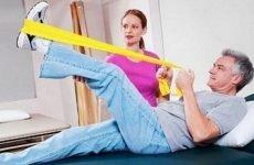 Реабілітація після операції при переломі шийки стегна: правила успішного відновлення після травми
