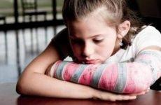 Перелом ліктьового суглоба у дитини: що повинні знати батьки
