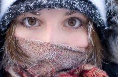 Перша медична допомога при обмороженні шкіри: що робити до приїзду лікаря?