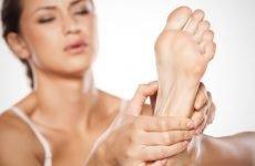 Псоріаз на ногах: причини хвороби, ознаки та стадії, ефективні методи лікування
