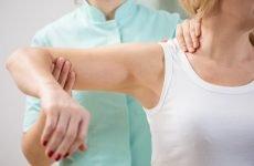 Для чого проводиться масаж при переломі хірургічної шийки плеча