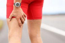 Чому тягне ногу від сідниці до стопи: лікування тягнучої болі в правій і лівій нозі