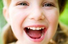 До скількох років ростуть зуби у дітей і від чого це залежить?