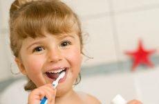 Дитяча зубна паста без фтору: список коштів, склад і відгуки