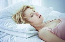 Хропіння у жінок: причини і лікування проблеми різними методами