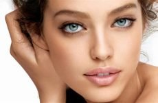 Способи приховати зморшки під очима за допомогою макіяжу
