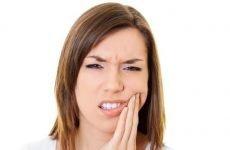 Чому болить зуб під пломбою: причини і що робити?