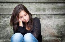Як проявляється позаматкова вагітність на ранніх термінах — ознаки патології