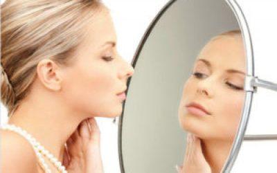 Догляд за зоною шиї і декольте — рецепти масок від зморшок в домашніх умовах