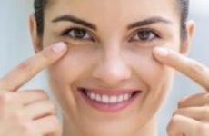 Як прибрати зморшки під очима — кращі методи і засоби