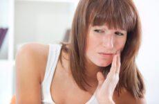 Що робити, якщо болять ясна при вагітності