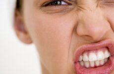 Сверблять зуби у дорослих у дітей – чому це відбувається і як цього позбутися