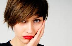 Щока болить але зуб не болить: причини і що при цьому робити?