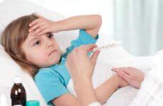 У дитини висока температура після видалення зуба – причини і наслідки