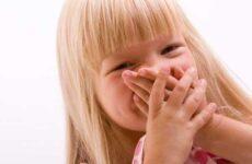 У дитини запах з рота вранці: причини та способи лікування