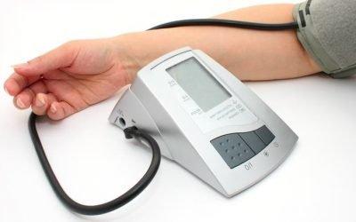 Чому тиск піднімається до вечора? Симптоми, причини і лікування