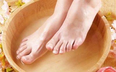 Гіпертонікам важливо знати, чи можна парити ноги при високому тиску