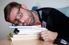 Розлади сну після інсульту: види та методи боротьби