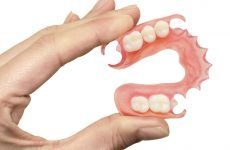 Нейлонові зубні протези: основні переваги, різновиди та відгуки