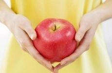 Яблука для шлунка: корисні властивості, як правильно їсти