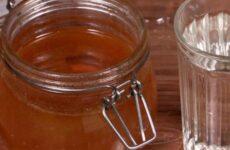 Мед з водою при підвищеній кислотності шлунка: шкода