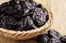Чорнослив і шлунок: як вживати, рецепти