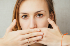 Відрижка на голодний шлунок: причини, лікування