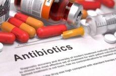 Після антибіотиків болить шлунок: чим лікувати після їх прийому, що робити