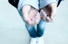 Руки і ноги холодні: в чому причина і що робити