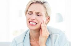 Антибіотики при зубному болі: список препаратів і принцип дії