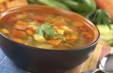 Можна їсти супи при гастриті шлунка і як їх приготувати?