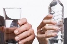 Вода при гастриті: користь, побічні дії, обмеження