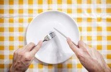 Як утримати вагу після голодування і не поправитися