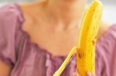 Банан на голодний шлунок: чому не можна їсти, користь і шкода